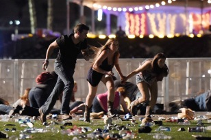 las-vegas-shooting-mandalay-bay-photos-23.jpg